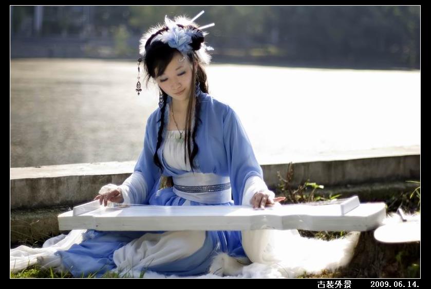 仙女弹琴儿童画